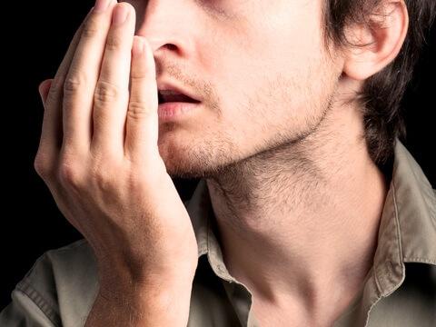 10 triệu chứng răng miệng NGUY HIỂM bạn CẦN phải biết ngay lập tức 5