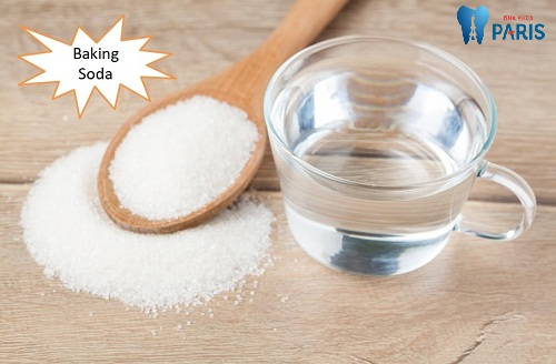 chữa hôi miệng bằng baking soda và nước